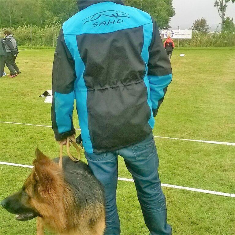 Treningsjakke med hette sort/turkis